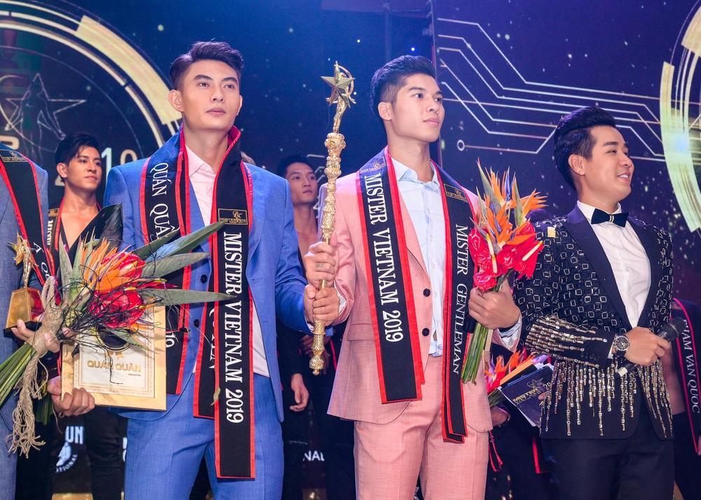 Lạ đời như ở Việt Nam: Cuộc thi 2 quán quân, cuộc thi không người chiến thắng-5