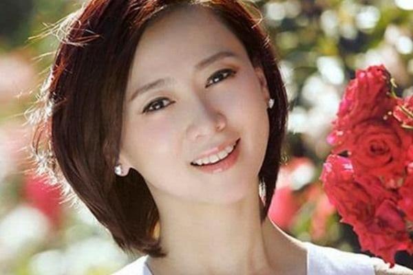 Hoa hậu đẹp nhất châu Á đóng phim nóng, kết hôn với chồng giàu có nhưng bị phản bội-2