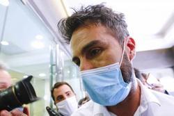 Bác sĩ riêng của huyền thoại bóng đá Maradona bị cáo buộc ngộ sát 'cậu bé vàng'