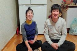 Cô dâu 'hội người cao tuổi' kết hôn với 'cháu trai' kém 35 tuổi: Xin lỗi đã giấu tuổi thật