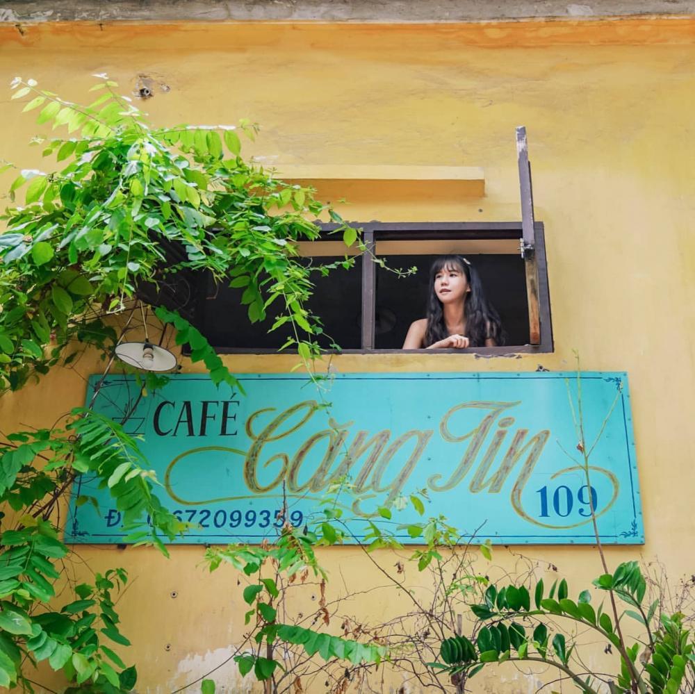 Những quán cafe đẹp lạ núp kỹ trong khu tập thể ở Hà Nội-11
