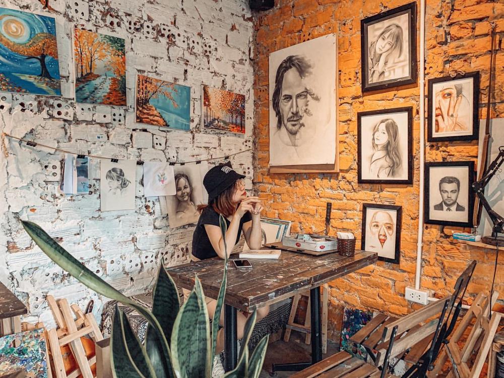 Những quán cafe đẹp lạ núp kỹ trong khu tập thể ở Hà Nội-15