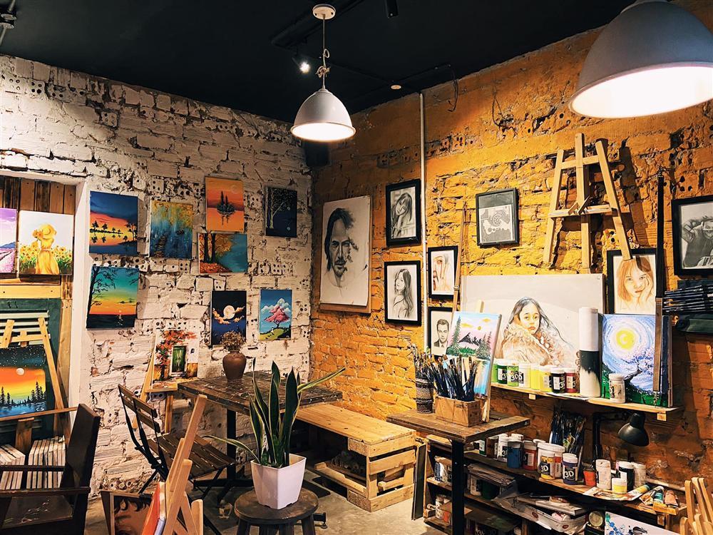 Những quán cafe đẹp lạ núp kỹ trong khu tập thể ở Hà Nội-16