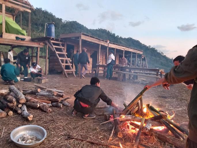 34 du khách TP HCM và người dẫn đường mất liên lạc trên núi Khánh Hòa-3