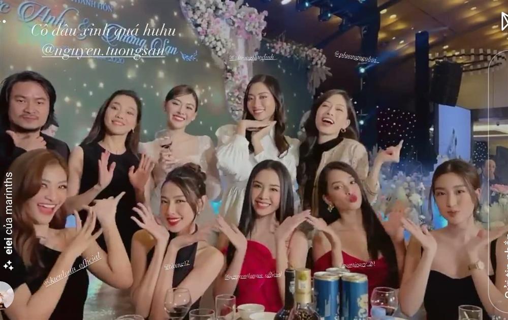 Đám cưới Á hậu Tường San: Chú rể không lộ diện, màn tung hoa gây bất ngờ-3