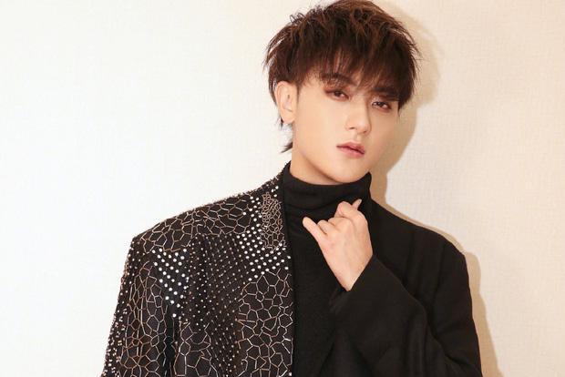 Hoàng Tử Thao khiến cộng đồng fan dậy sóng khi ké fame EXO, bị chỉ trích phản bội nhưng lợi dụng anh em cũ-1