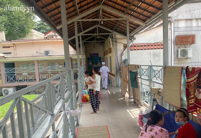 Khởi tố người mẹ bạo hành con gái 3 tuổi chấn thương sọ não nguy kịch tại TP.HCM-2