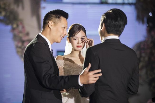 Ảnh hiếm bên chú rể của Á hậu Tường San trong đám cưới riêng tư-1