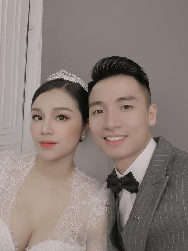 Vợ chồng trung vệ Bùi Tiến Dũng vào TP.HCM chụp ảnh cưới, fan lo lắng hôn lễ sẽ bị ảnh hưởng bởi Covid-19-1