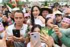 Hoa hậu Đỗ Thị Hà được chào đón khi về Thanh Hóa