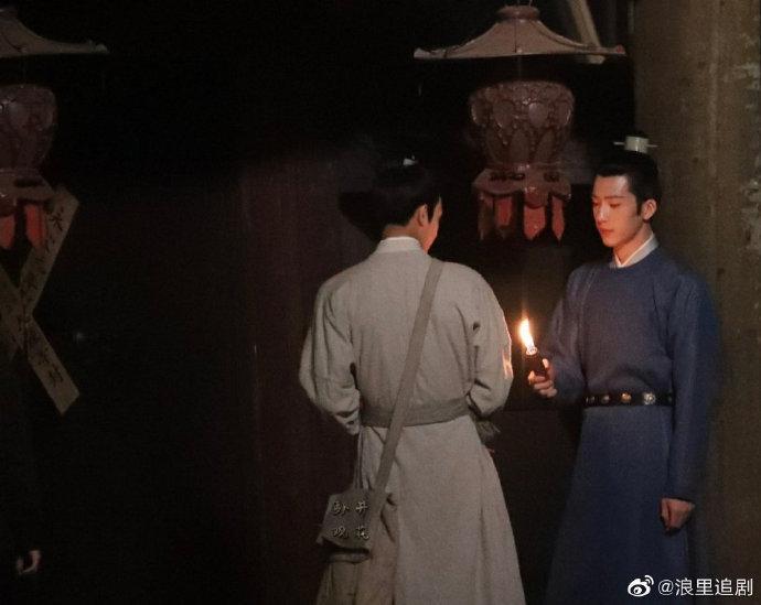 Tống Uy Long và Tỉnh Bách Nhiên nô đùa trong hậu trường phim đam mỹ Trương Công Án-4