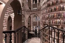 Hiệu sách 'lâu đài ma thuật' ở Trung Quốc