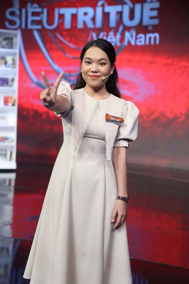 Tái xuất sau 6 năm trong Siêu Trí Tuệ Việt Nam, nhan sắc thí sinh Olympia gây chú ý-2