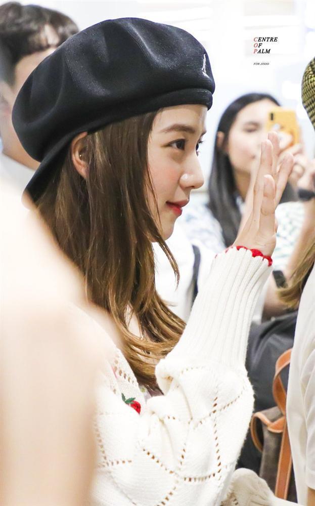 Mũ beret - phụ kiện sống ảo không thể thiếu của BLACKPINK Jisoo-8