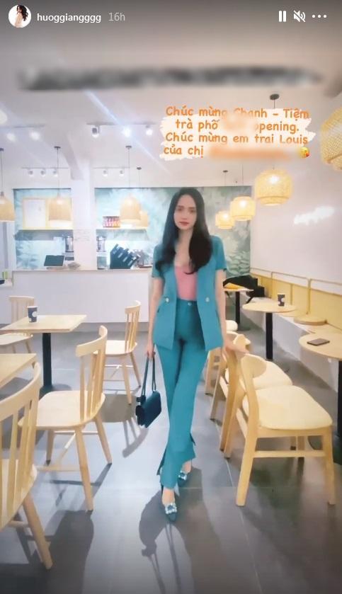 Mặc quần bó, đi giày cao, Hương Giang catwalk suýt ngã-2