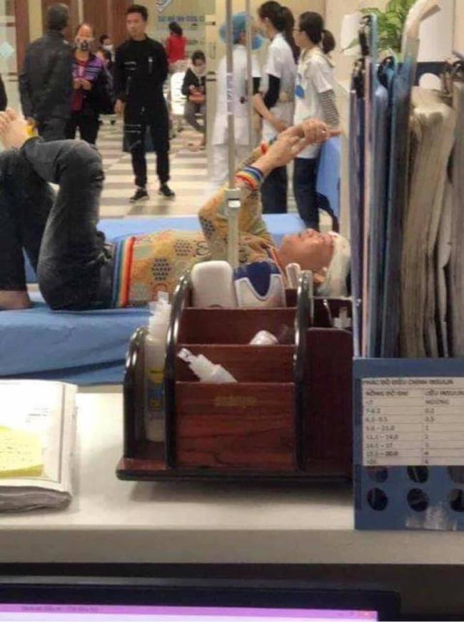 Bệnh viện lên tiếng về việc giang hồ mạng Huấn Hoa Hồng bị rách đầu, nhập viện giữa đêm-2