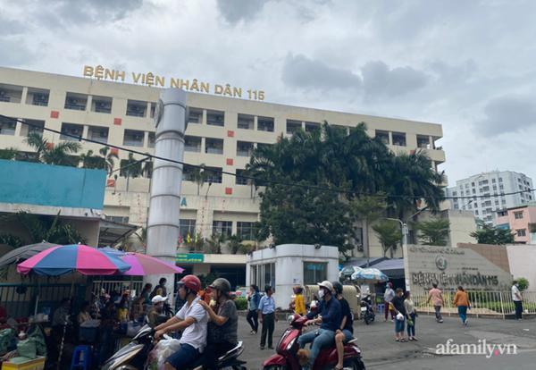 TP.HCM: Nam thanh niên rơi từ tầng 6 trường đại học xuống đất, tử vong thương tâm-2