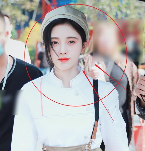 Ơn giời, cuối cùng thánh lố Cúc Tịnh Y cũng chịu makeup nhẹ nhàng đi đóng phim rồi!-3