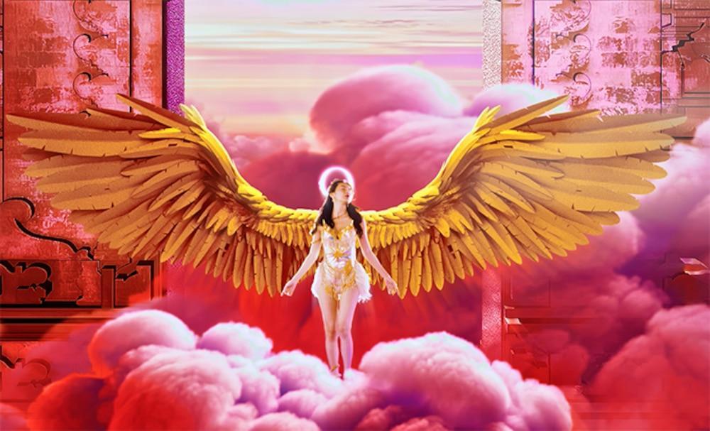 Váy áo siêu gợi cảm của Thủy Tiên trong MV Ngải tình giống loạt sao Hollywood-4