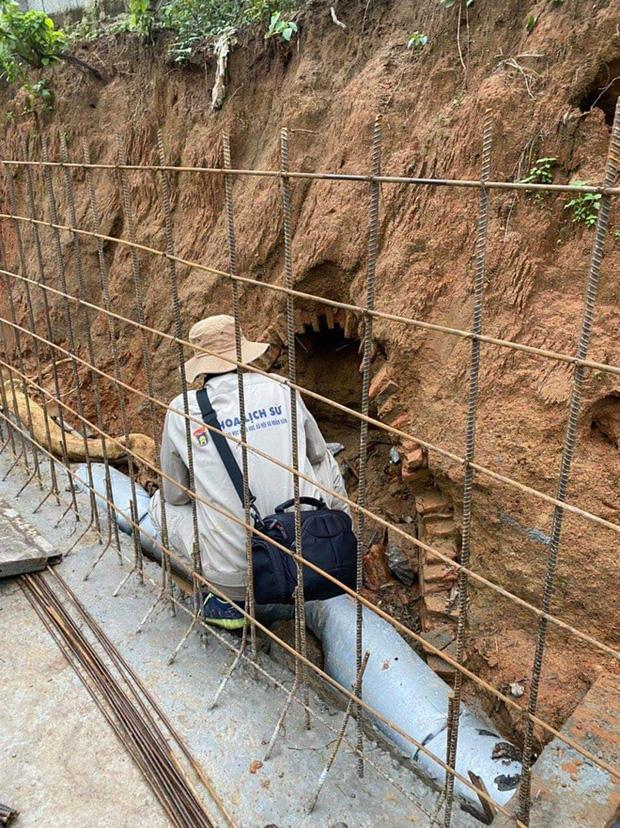 Đào đất làm mương, công nhân Hà Tĩnh phát hiện ngôi mộ cổ 2.000 năm kỳ bí-5