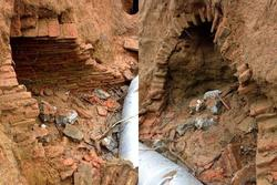 Đào đất làm mương, công nhân Hà Tĩnh phát hiện ngôi mộ cổ 2.000 năm kỳ bí