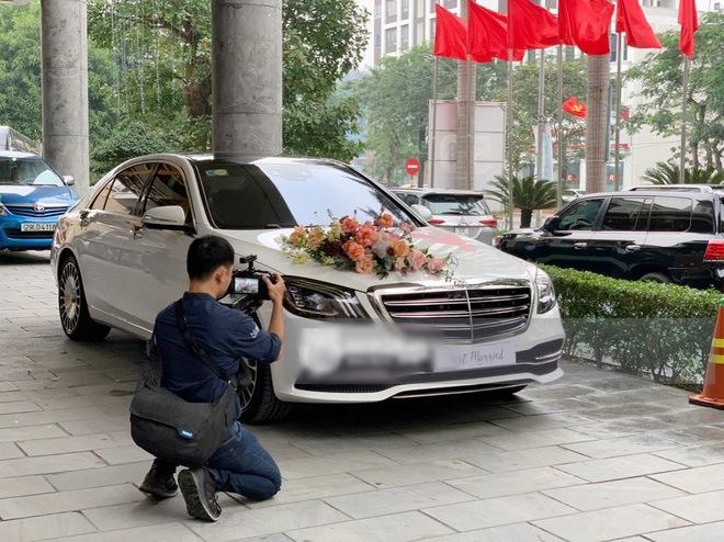 Cô dâu Viên Minh mặc áo dài hồng cánh sen tưởng không xinh mà xinh không tưởng-2