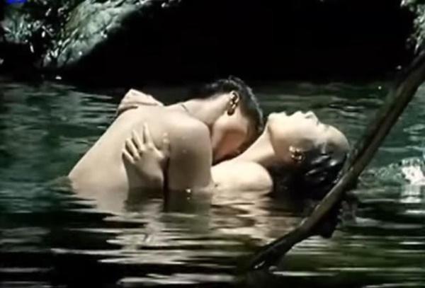 Khoả thân, làm tình táo bạo trên phim, đến cả Hoa hậu cũng bị bạn trai bỏ-3