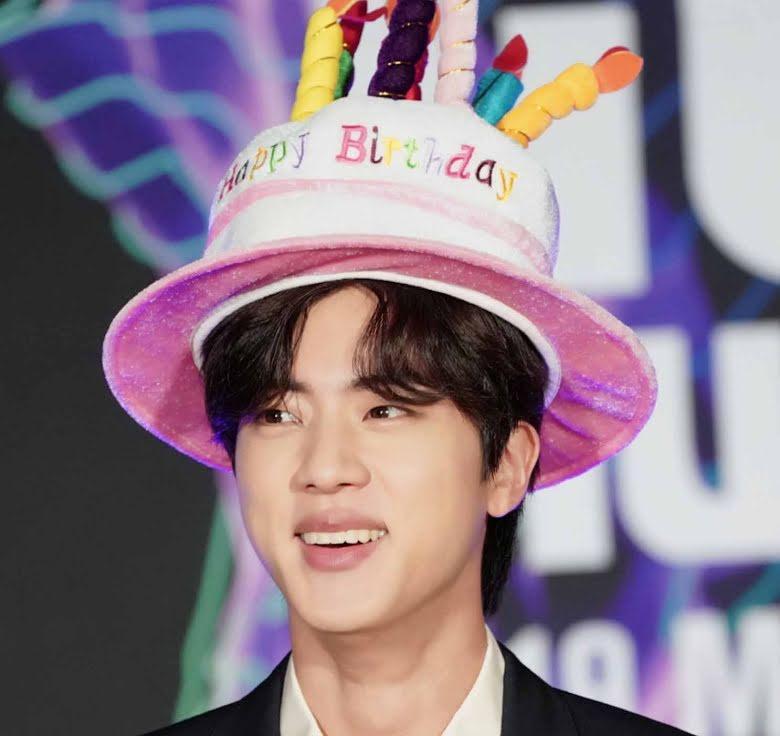 Số hưởng như Jin BTS, fan mua hẳn quảng cáo TV PR ngày sinh nhật-1
