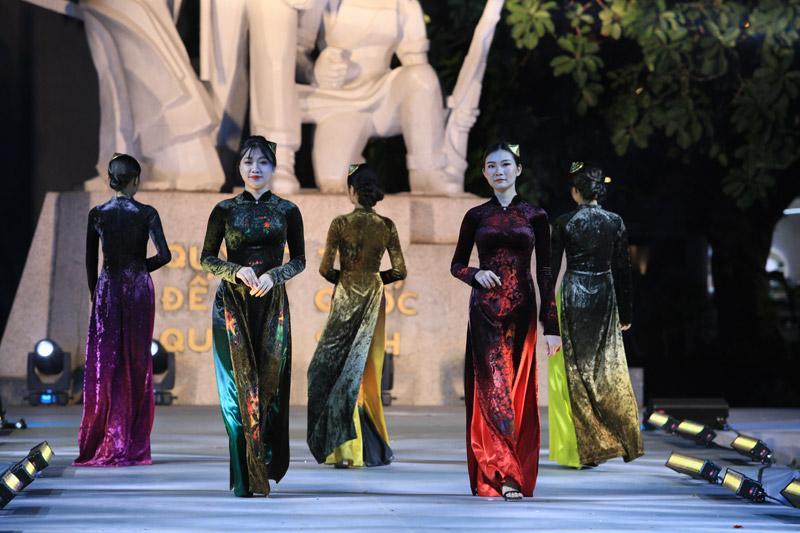 NTK Vũ Thảo Giang đem vẻ đẹp di sản Việt lên áo dài-3