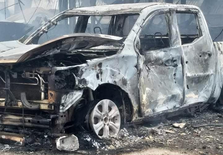 Rùng mình: Cảnh tượng tan hoang hiện trường vụ nổ xe tải ở biên giới Việt - Lào-7