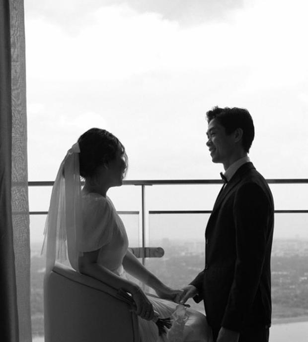 Hé lộ bức ảnh cưới hiếm hoi nhưng cực chất của Công Phượng - Viên Minh-5
