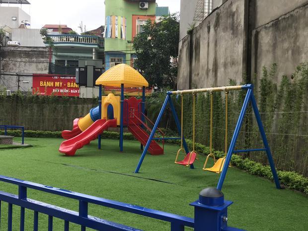 Hà Nội: Bé mầm non 4 tuổi nhập viện khẩn cấp sau giờ học ngoài trời ở trường-1