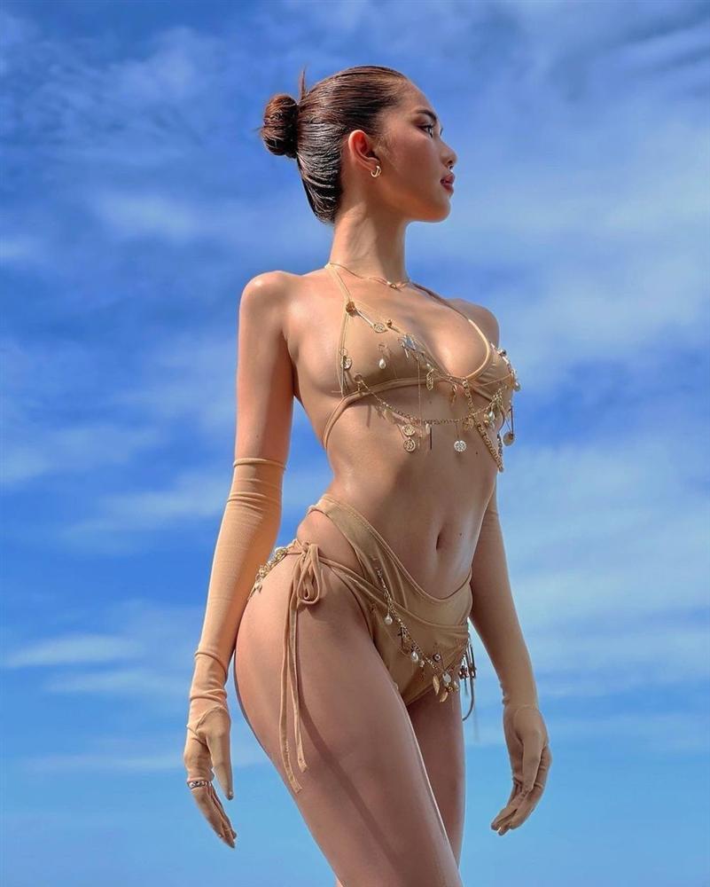 Ngọc Trinh diện bikini nude nhìn thoáng tưởng không mặc gì-4