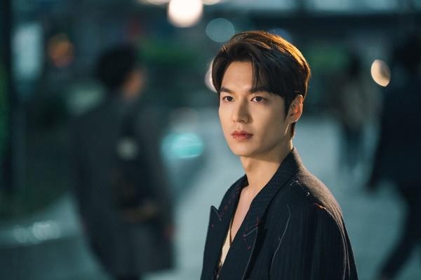 Lạm dụng tình tiết gợi dục và những ồn ào của phim Hàn năm 2020-1