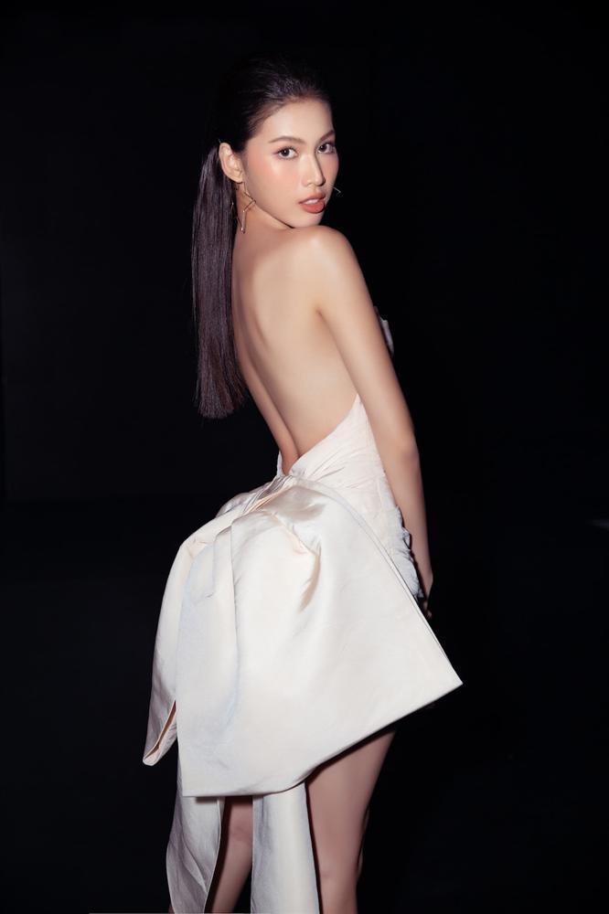 Đụng váy Hoa hậu Khánh Vân, Á hậu Ngọc Thảo thua toàn tập vì tạo dáng mờ nhạt-1