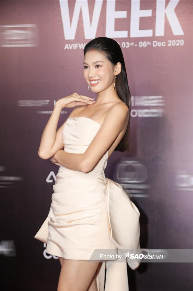 Đụng váy Hoa hậu Khánh Vân, Á hậu Ngọc Thảo thua toàn tập vì tạo dáng mờ nhạt-3