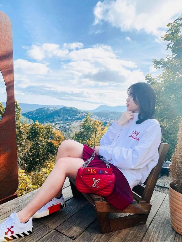Huỳnh Anh đăng ảnh nhan sắc khác lạ hậu chia tay Quang Hải-1