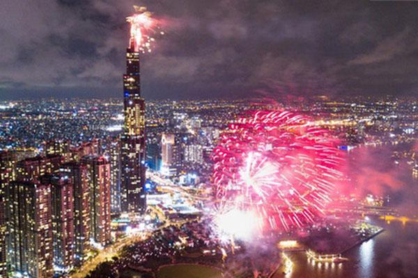 TP.HCM xin bắn pháo hoa chào mừng Tết Dương lịch 2021-1