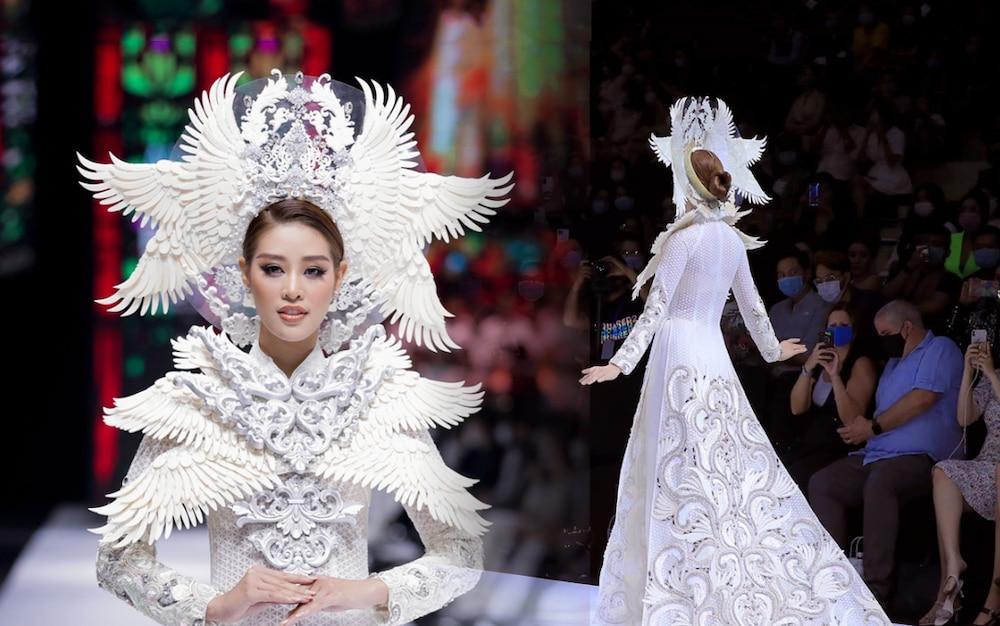Khánh Vân lộ vật thể lạ khi diện áo dài hoành tráng, catwalk uy nghiêm-8