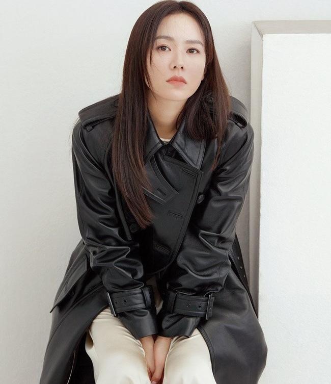 Son Ye Jin bất ngờ được Trương Trí Lâm ngỏ lời thích dù đã có vợ, Hyun Bin liền bị réo tên phải công khai mau thôi-1