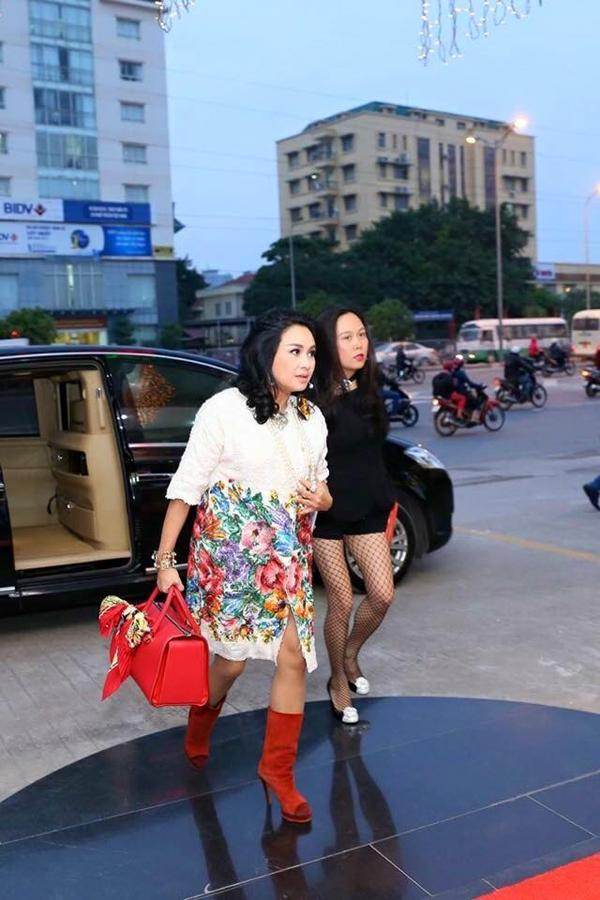 Phượng Chanel gọi hẳn Thanh Lam là chị gái, bạn trai diva là anh rể-6