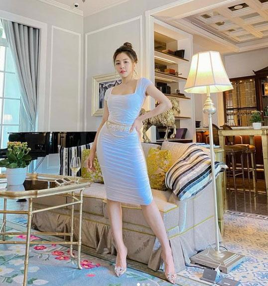 Hot girl Trâm Anh khoe ảnh nóng, dân mạng phản ứng sốc scandal gần 2 năm trước-4