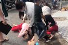 Đánh ghen kinh hoàng ở Kiên Giang: 'Tiểu tam' bị túm tóc, đánh liên tiếp vào đầu