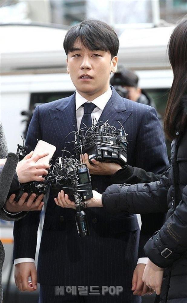 2 gái ngành tiết lộ bán dâm tại nhà Seungri Bigbang-1