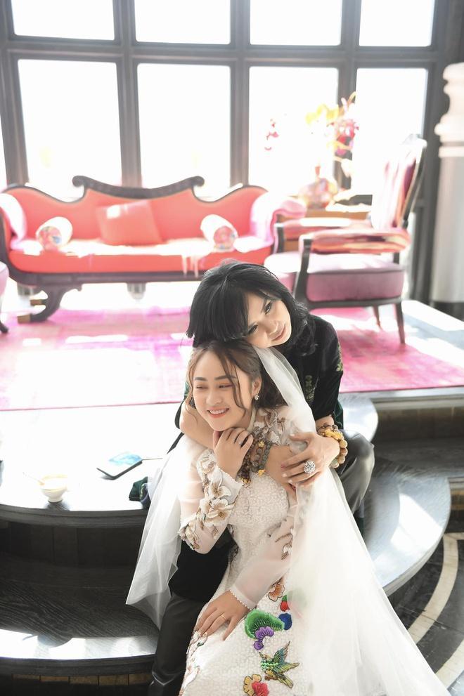Con gái Thanh Lam lấy chồng: Chân dung chàng rể rất được lòng nhà gái-1