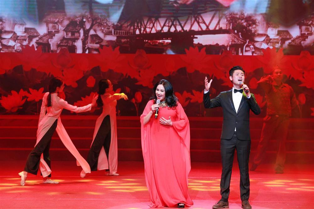 Con gái Thanh Lam lấy chồng: Chân dung chàng rể rất được lòng nhà gái-10