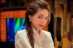 Hoa hậu Jolie Nguyễn không còn ngại xuất hiện sau ồn ào