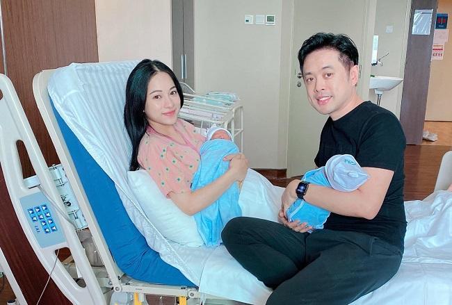 Nhà Hà Hồ gặp nhà Dương Khắc Linh: Ảnh 4 người ôm 4 con gây sốt-5