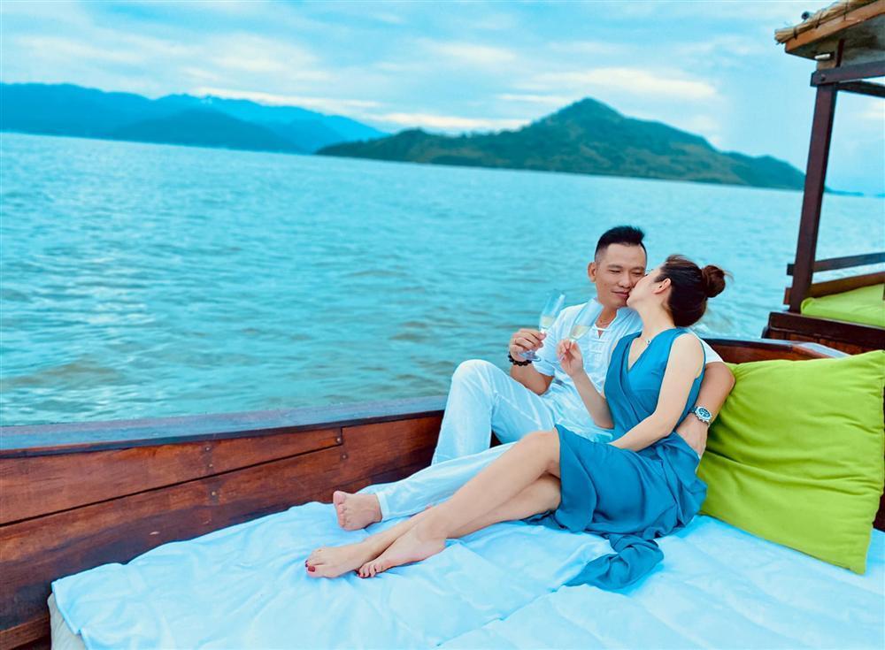 Jennifer Phạm - Đức Hải sau 8 năm cưới: Muốn bên nhau cả một đời-6