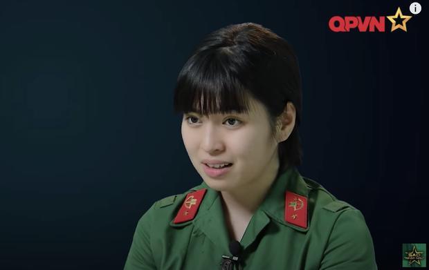 Nhan sắc thật của Khánh Vân bị phơi bày ở Sao Nhập Ngũ-4